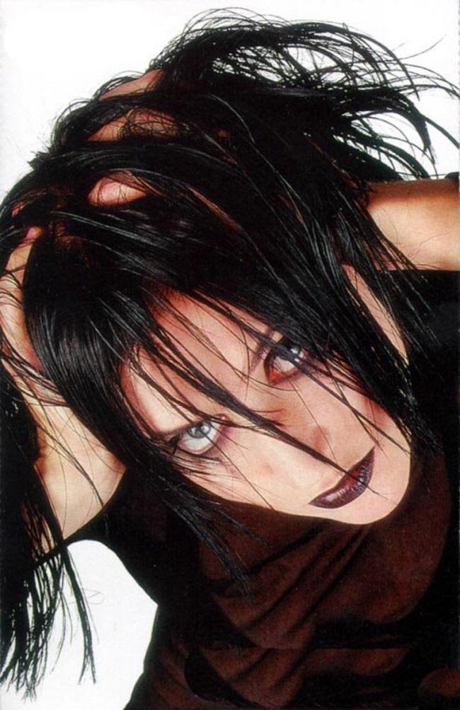 Певица Линда. Фото в 90-е годы (в молодости)
