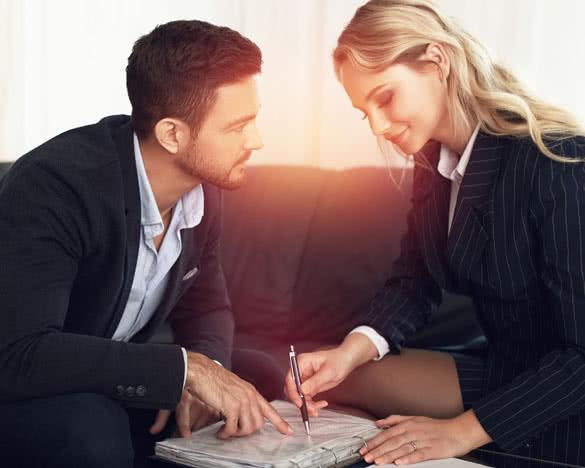 Флирт на работе с женатым