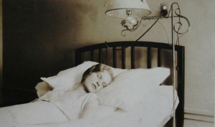 Сонная болезнь: таинственный недуг, который медицина не может объяснить до сих пор