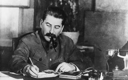 Память о Великой Отечественной: Как и зачем ее извращают