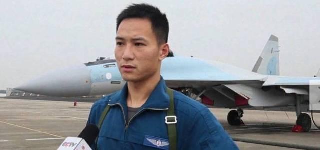 Китайские лётчики считают Су-35 королём среди самолётов 4-го поколения