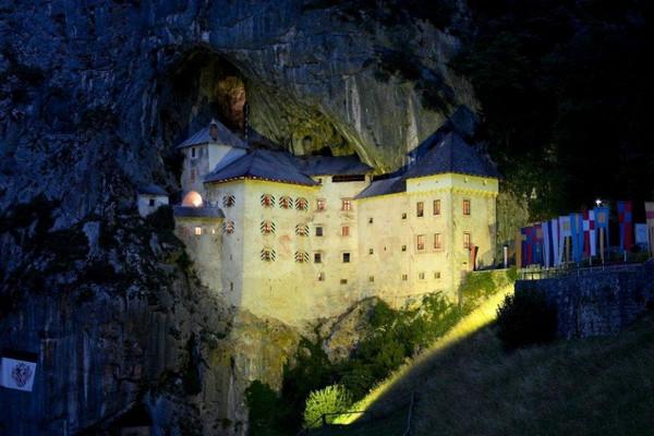 Предъямский замок, Словения. Замки с привидениями (Европа), которые заставят дрожать даже смельчаков