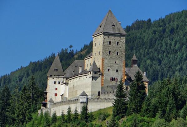 Замок Мушам, Австрия