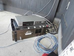 第五陣越前おおのとんちゃん祭のスタッフをしました。 結楽座に設置してある受信機とパワーアンプ/どこまでもアマチュア