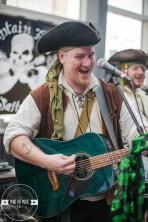 01 Pirate Band-11