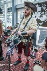 01 Pirate Band-25