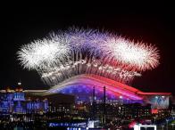 Parade Kembang Api Di Stadion Fisht Olympic Pada Pembukaan Olimpiade Musim Dingin Di Sochi, Rusia. (Sumber : http://www.sochi2014.com/en/photos