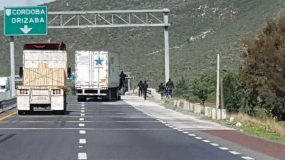 Violan a tres mujeres en falso retén en carretera Puebla-Veracruz | MTP  Noticias