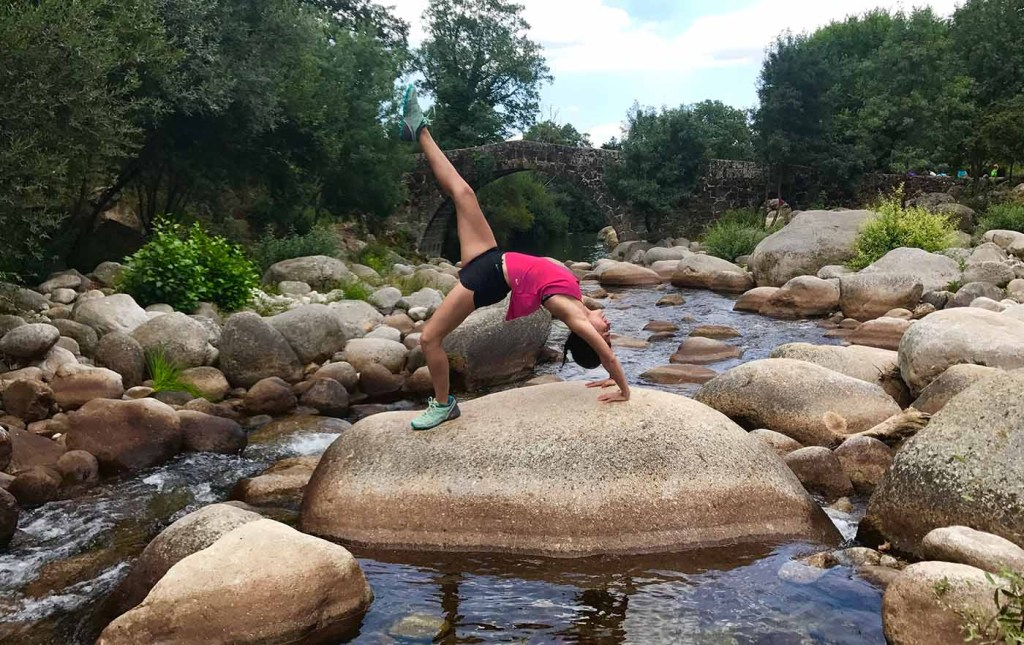 urdhva dhanurasana bridge pose puente mtraining yoga pilates
