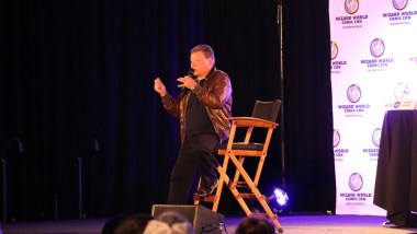 William Shatner answering fan questions at Wizard World Comic Con in Nashville.