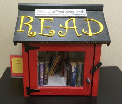 The Little Free Library at Tennessee Pediatrics of Murfreesboro houses books for people of all ages. (Rhiannon Gilbert/ MTSU Sidelines)