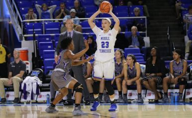 Senior Gabby Lyon looks to pass the ball against Trevecca in the Murphy Center on Nov. 2, 2017 in Murfreesboro, Tenn. (Devin P. Grimes / MTSU Sidelines)