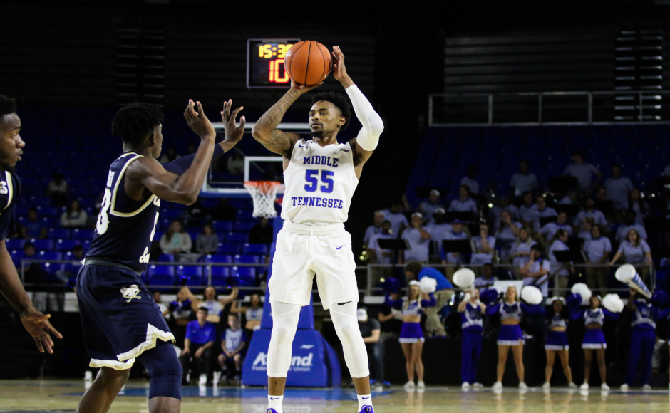 Men's Basketball: Blue Raiders hold off late comeback by Charleston Southern at home