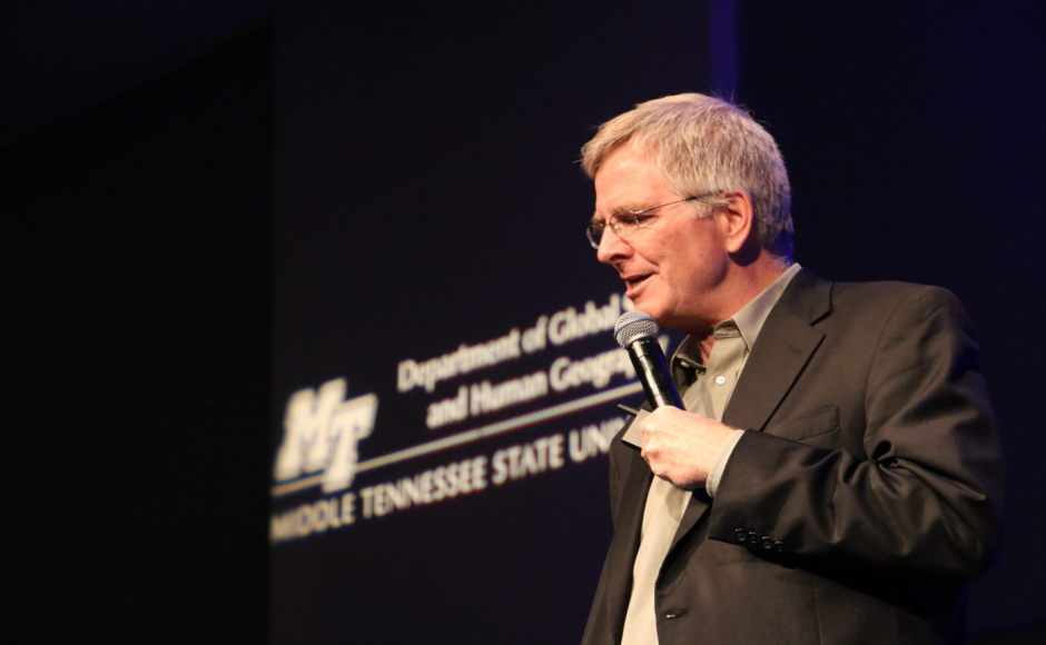 'The most beautiful souvenir': Travel author Rick Steves inspires MTSU students to broaden perspectives