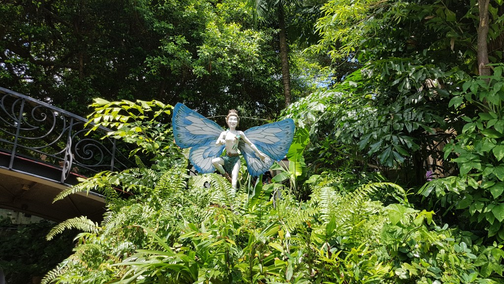 fairy in the forrest