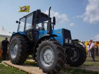 Трактор МТЗ-920 новый
