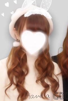 神田キャバクラ【ムーミン(mu-minn)】東京JK制服ラウンジ公式HP さな プロフィール写真