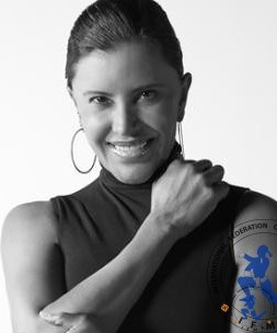 Elisa Salinas