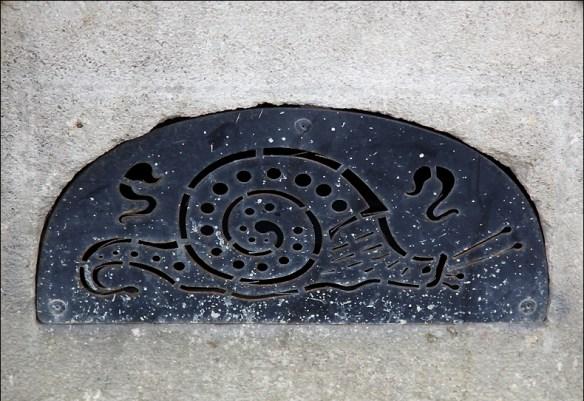 Near Picpus cemetery; pic: Steve Sampson