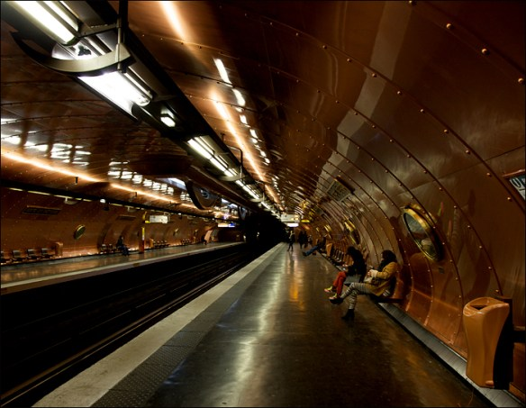 Métro: Jules Verne platform at Arts et Metiers; pic: Steve Sampson