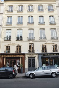 John Paul Jones apartment was in this building at 19 (then 42), Rue de Tournon, Paris - just a stone's throw from the Luxembourg Palace.