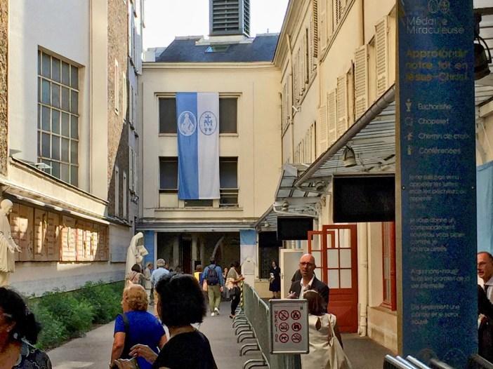 Entry Hall, Notre Dame de la Médaille Miraculeuse