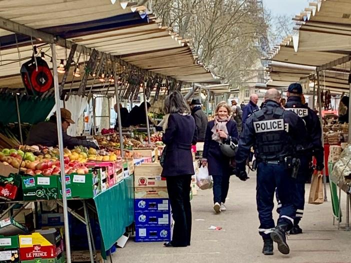 Paris Marché Saxe