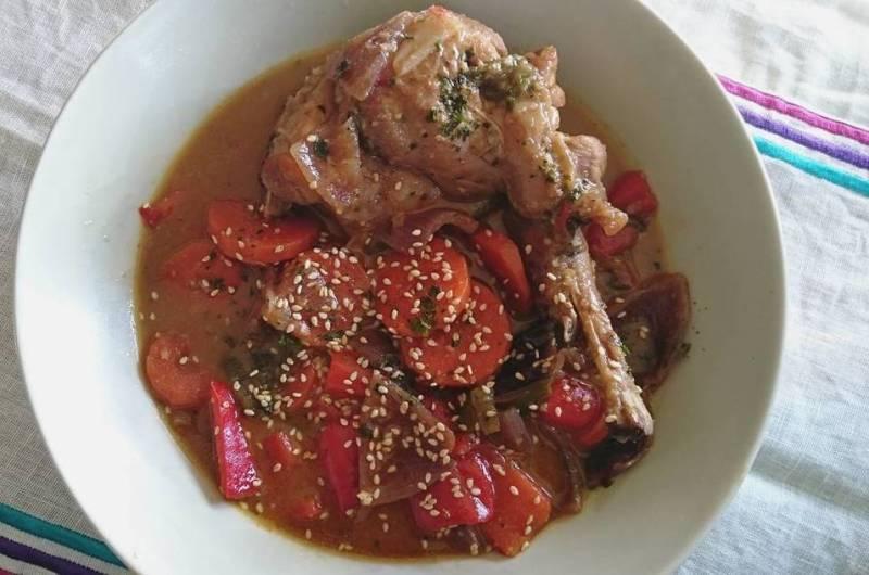 Conejo en salsa asiática
