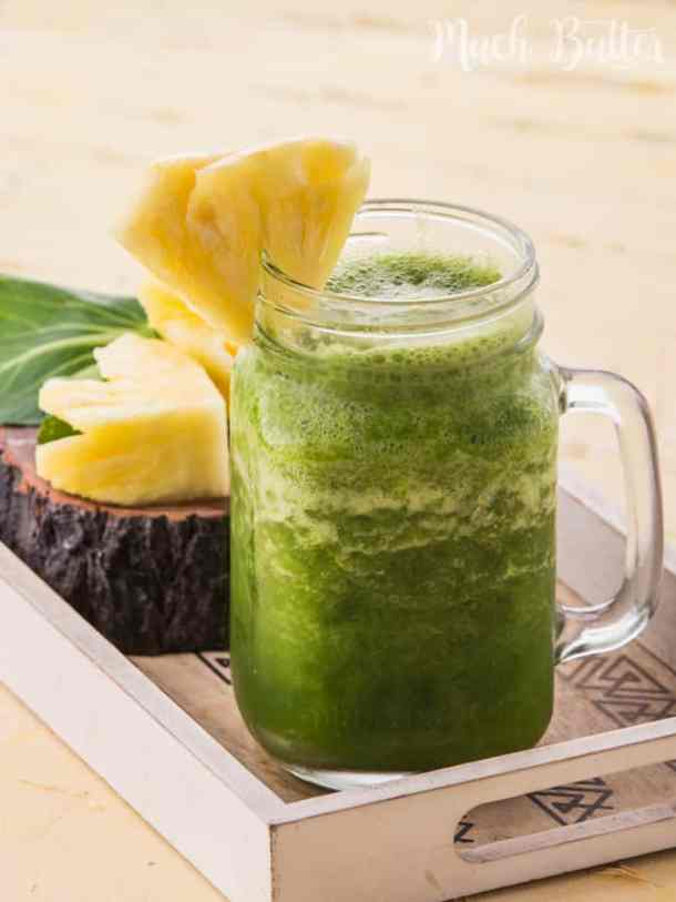 This healthy smoothie is good for you who are on a diet and easy to make. So refreshing & doesn't taste like vegetables at all!