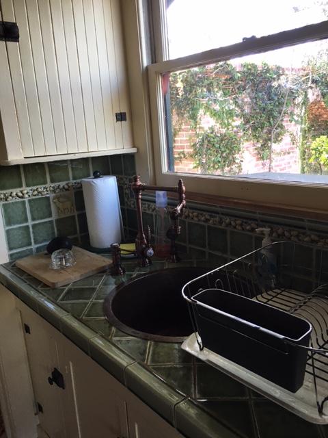 Pretty sink