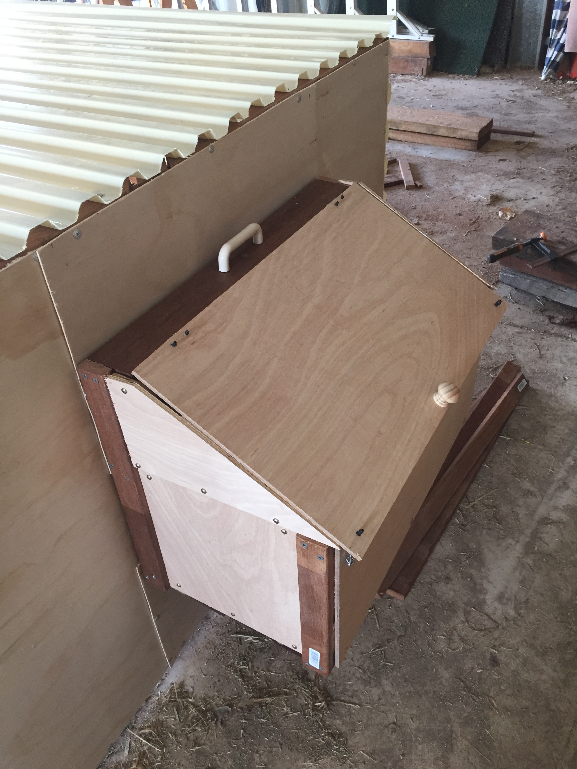 Timeshare – laying box