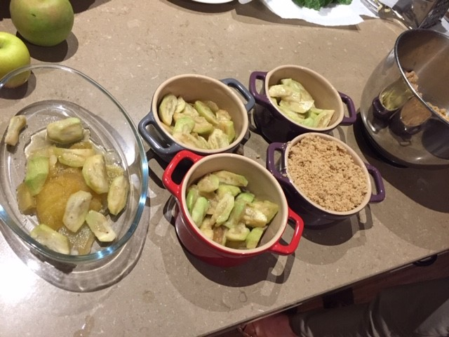 feijoa – crumble in the making