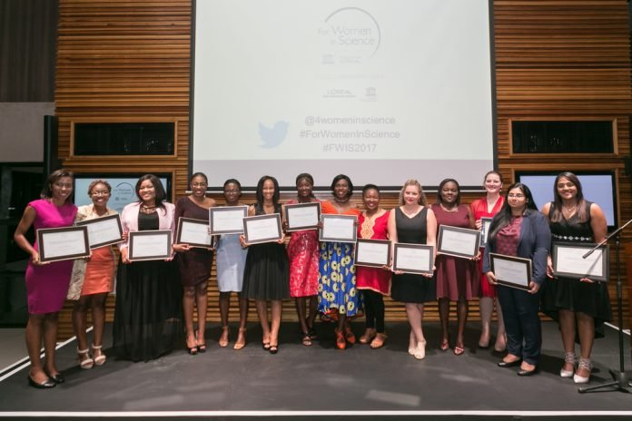 The L'Oréal-UNESCO Young Talents for Women in Science program 2021 (Deadline: 31 August 2021)