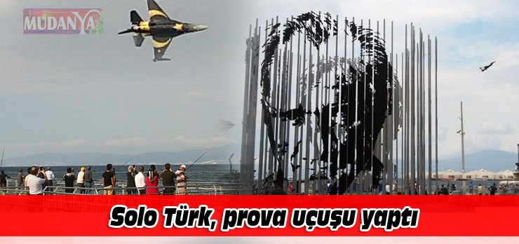 Solo Türk, Mudanya'da prova uçuşu yaptı