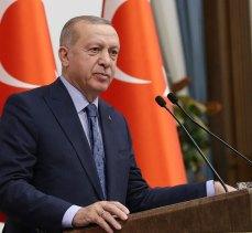 """Erdoğan: """"Haziran ayıyla birlikte tedbirleri gevşeteceğiz"""""""