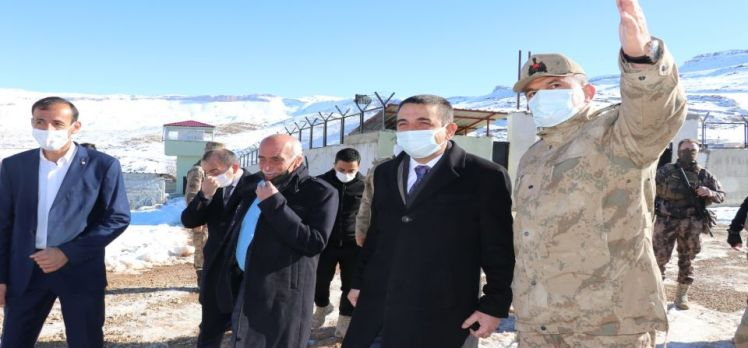 Siirt Valisi, iki ilçede iki köy ziyareti yaptı