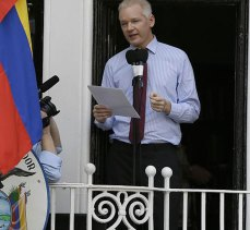 Wikileaks'in kurucusunun vatandaşlığı iptal edildi