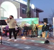 Gürsu Belediyesi'nden online sokak konseri