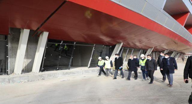 Erzincan'da 12 bin kişilik stadyumun inşaası sürüyor