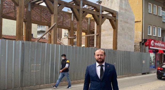 Bursa Mudanya'da bitmeyen restorasyona MHP'den tepki