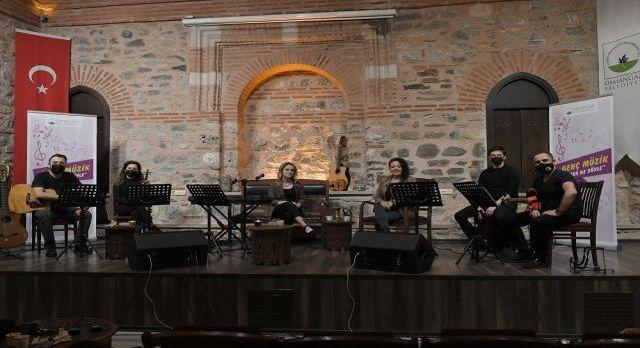 Bursa Osmangazi'den online müzik ziyafeti