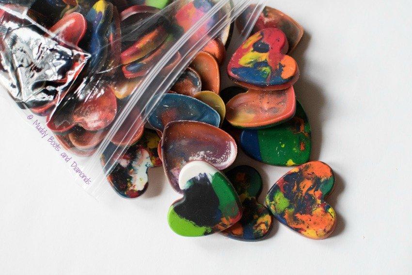 Have A Colorful Valentine's Day DIY Crayon Valentines via muddybootsanddiamonds.com