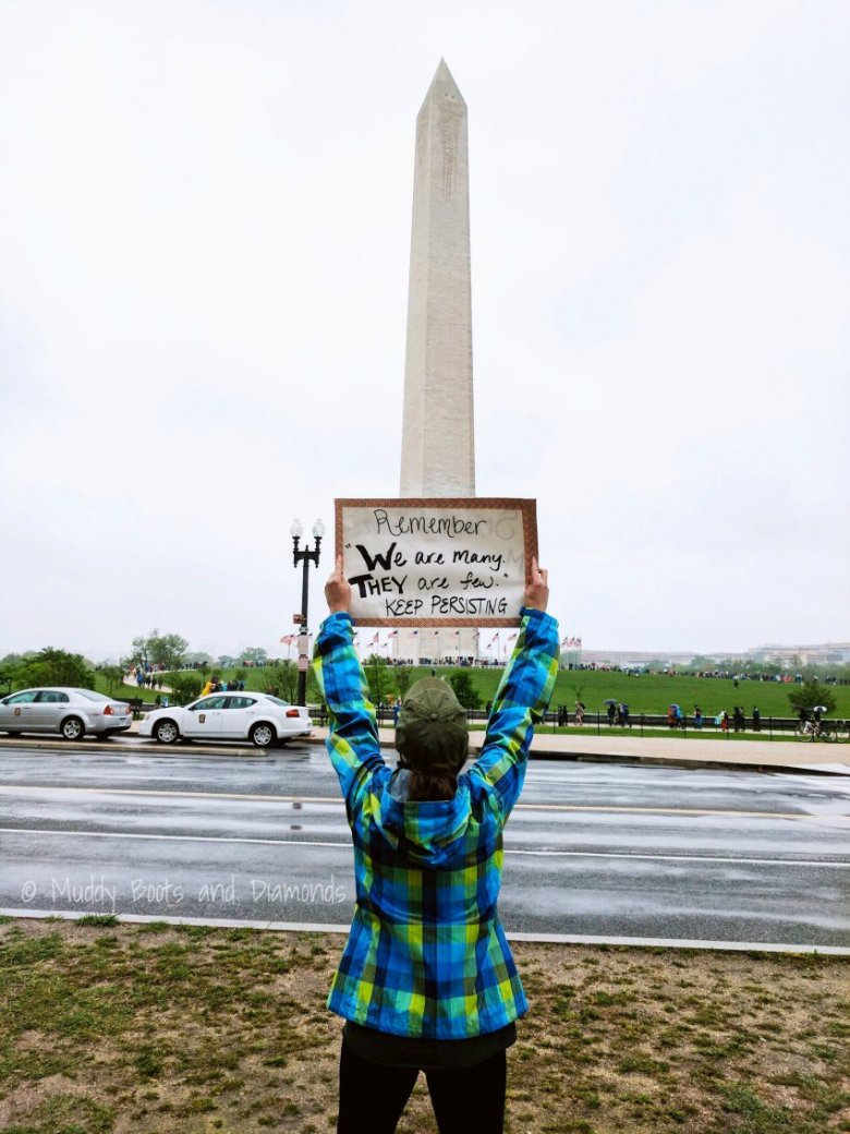 March for Science 2017 via muddybootsanddiamonds.com