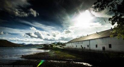 The distilleru overlooking Loch Harport