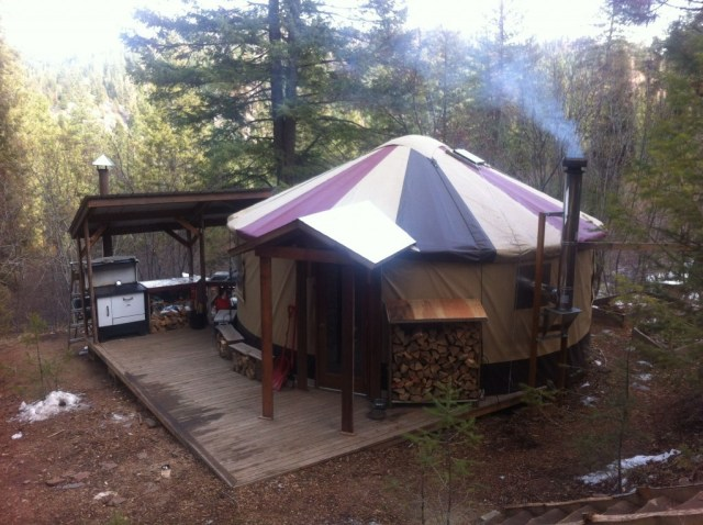 full-yurt-picture-1024x764