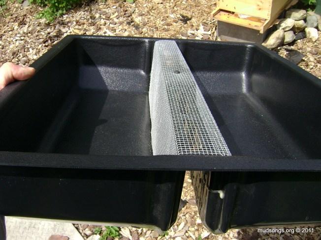 Plastic insert feeder (June 1, 2011).