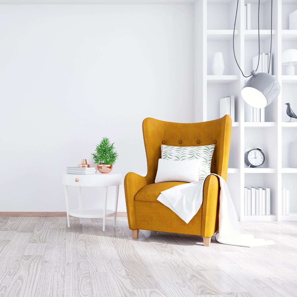 Una zona de lectura es muy fácil de crear. Bastará con un sillón o butaca, una mesa auxiliar y una lámpara.