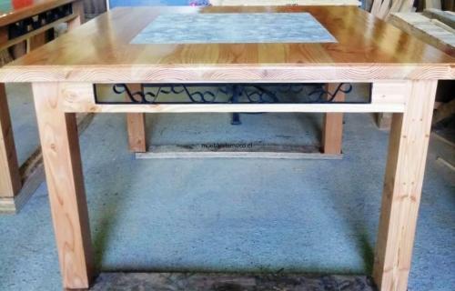 mesa cuadrada comedor