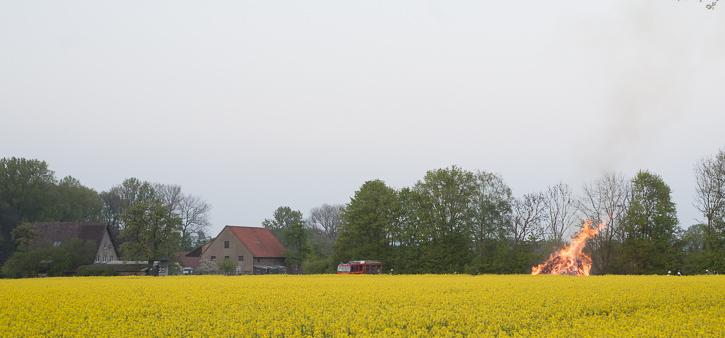 Osterfeuer_Bexterhagen20140419-DSC_4244