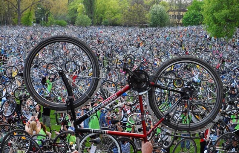 Kritična masa, izvor bikemagazin.info